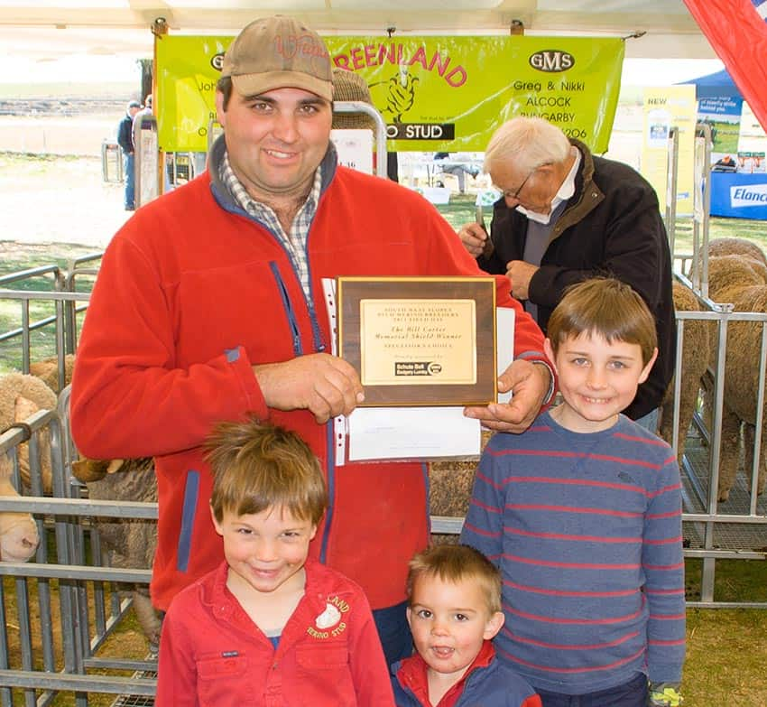 2017 Winner Spectators Choice Schute Bell Bill Carter Memorial Shield - Greenland Merinos